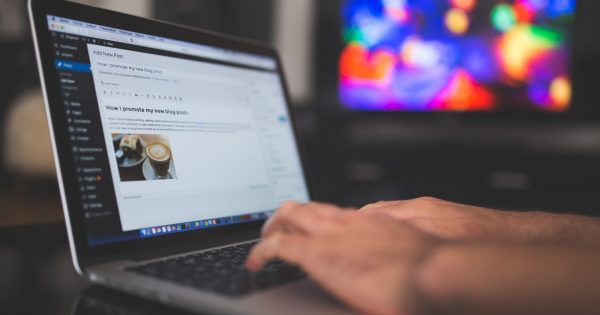 Keyword Discovery for Creative Content Production